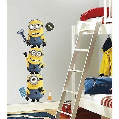 Roommates Me 2 Minions Giant And Deca